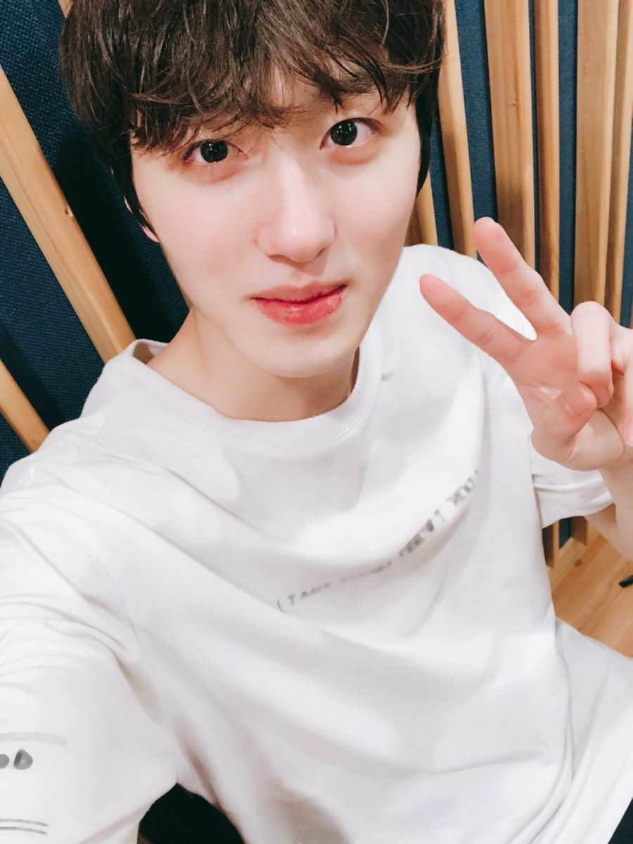 [TRANS] #CHANI&#39;s Twitter Update  Celebrating my birthday together with FANTASY, please take care of me for my future birthday too ~.~  #HappyChaniDay #찬희 #우주 #SF9 #에스에프나인 @SF9Official<br>http://pic.twitter.com/qMtzTnzNgl