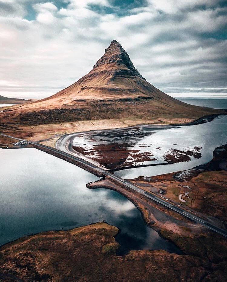 RT @JustTraveI: Kirkjufell, Iceland https://t.co/9a5nuusQlY