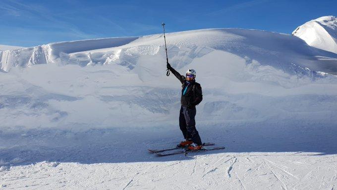 Sí, hay algo de nieve en el voralberg austriaco ... Mas fotos en @nevasport https://t.co/L0r5tgtq1L