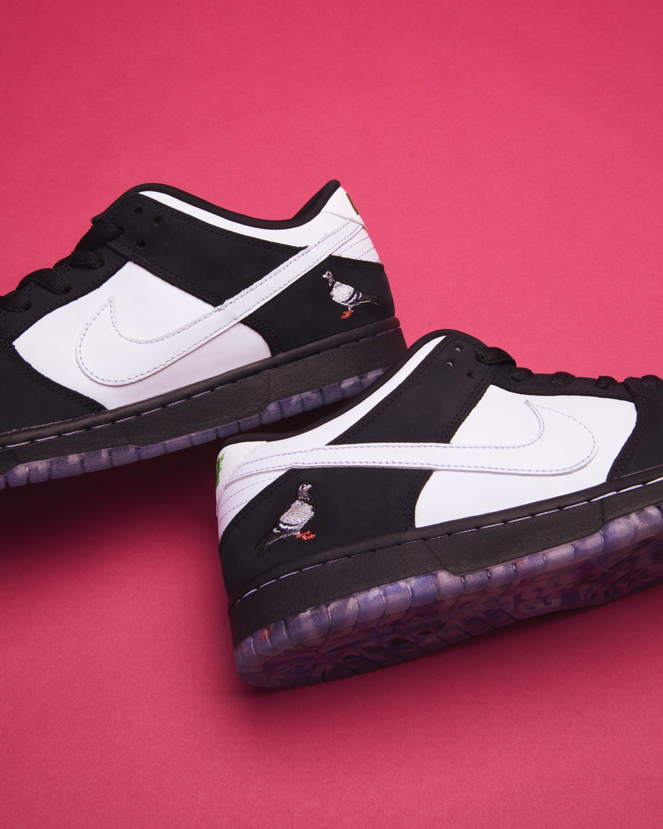7db7fc01 Cop the Nike SB Dunk Low Staple Panda Pigeon on StockX today. Shop here:  https://stockx.com/nike-sb-dunk-low-panda-pigeon …pic.twitter.com/IVOuGj8GL7