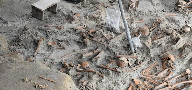 During the #130th day's excavation of human grave at Mannar satosa complex, 294 skeletons have been recovered. <br>http://pic.twitter.com/2hcwzq7yQJ