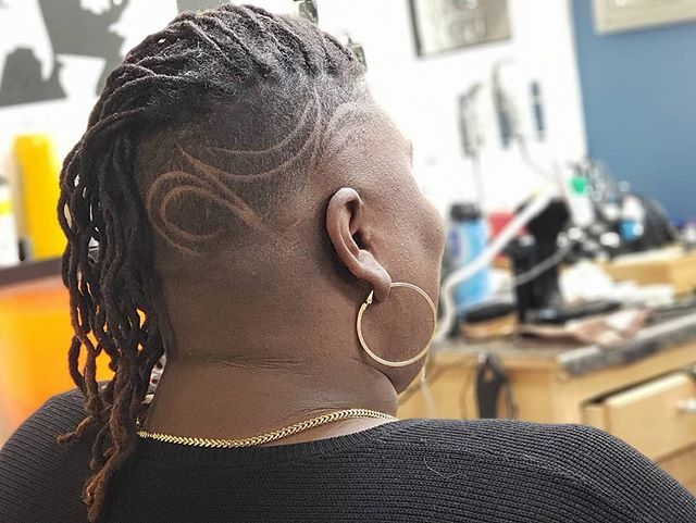 Women's cuts Wednesday @im__evolving #wcw 💇🏽♀️💗😍 #talentedmrcj  4 appointments click here 👇🏽 or the link in the bio http://bit.ly/2y5NiWd 💯💈🔥 #andisnation #startingfivebarbershop #shorthair #shorthairdontcare #baeswithfades #buzzcut #naturalhair… http://bit.ly/2FwkPQY