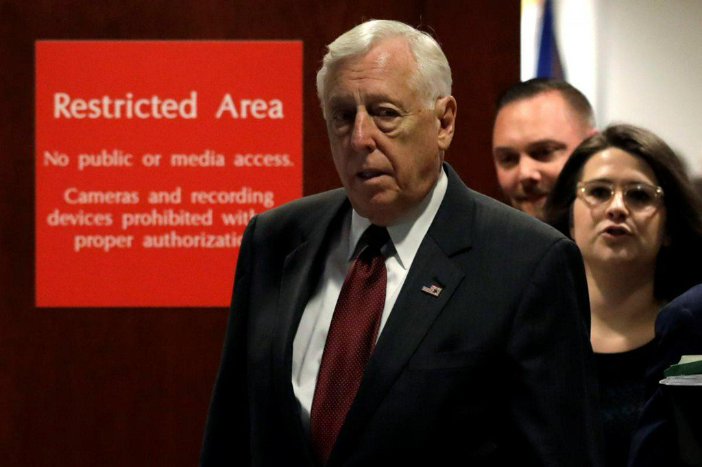 State of the Union address is off: No 2 House Democrat Hoyer https://t.co/HA1Xzi2FSz