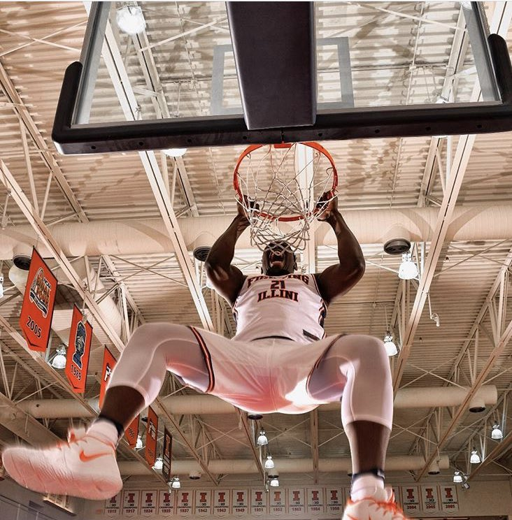 Illinois-bound 5* center Kofi Cockburn nominated to the prestigious McAA game.  McDonald&#39;s All-American roster will be released Jan. 24. . <br>http://pic.twitter.com/pbNy2zB8Zd