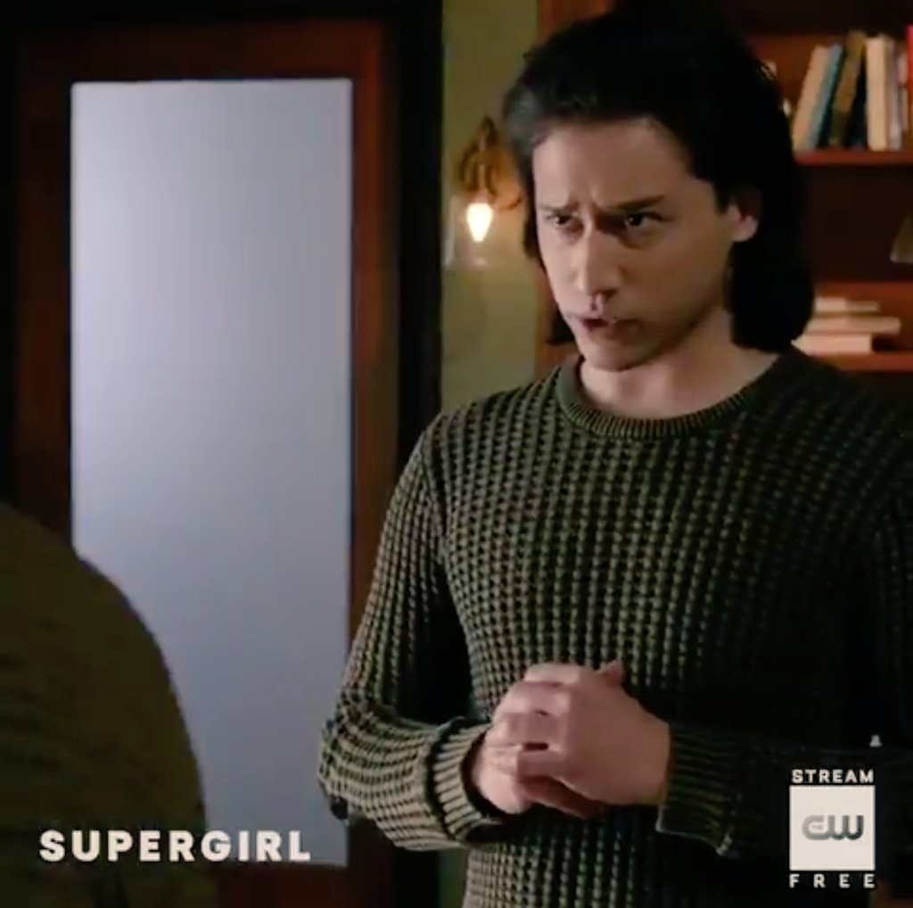 RT @Gingy7891: I can't! 😍😍 #Brainy #QuerlDox #Brainiac5 #JesseRath #Supergirl 💙 https://t.co/ReQS6lOrjX