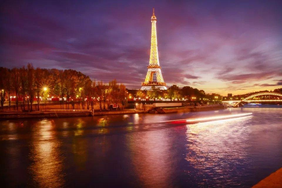 Tripod Free Photography  Paris <br>http://pic.twitter.com/be8ltS2Tz9