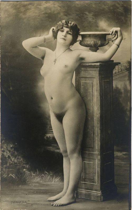 'Postcard from Paris', c.1900. <br>http://pic.twitter.com/FDufc29RAM