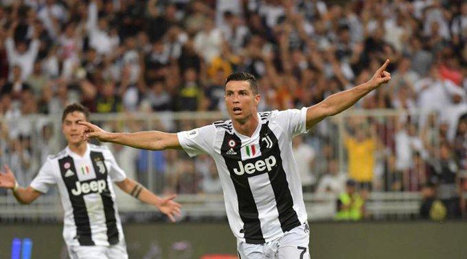 Cristiano Ronaldo da a la Juventus la Supercopa italiana: Foto