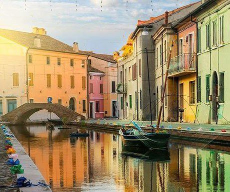 5 great reasons to visit Little Venice https://t.co/KA4nFCrPMP #italy #travel