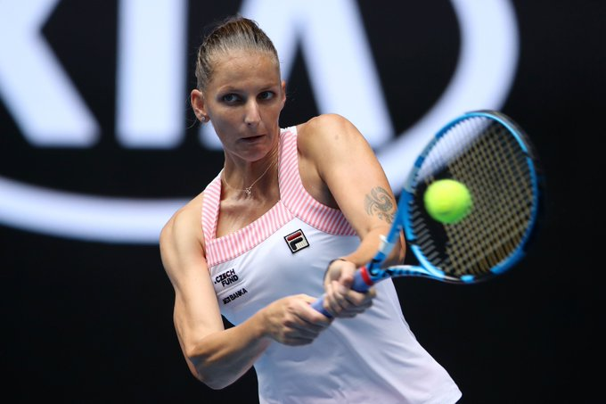 .@KaPliskova rallies from a set down to defeat Brengle 4-6, 6-1, 6-0 ---> #AusOpen Foto