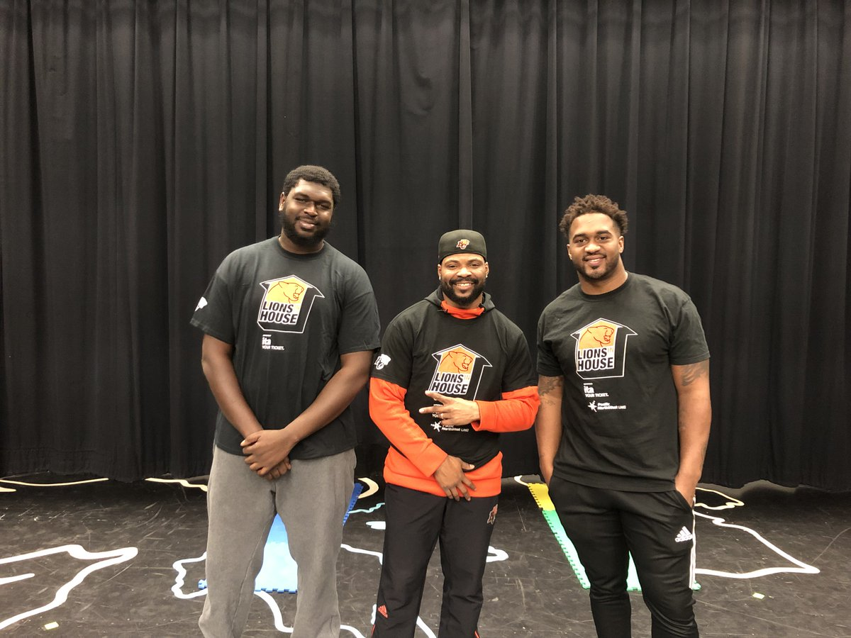 Lions In The House!  Antonio Johnson (@easttxmade71), Jeremiah Johnson and Davon Coleman () @ColesWorld43visited  a@EcoleKwantlennd  L@burnabyschoolsakeview Elementary today. Is your school interested in this program?   Click 👇 👇  https://t.co/sp3ii96I64