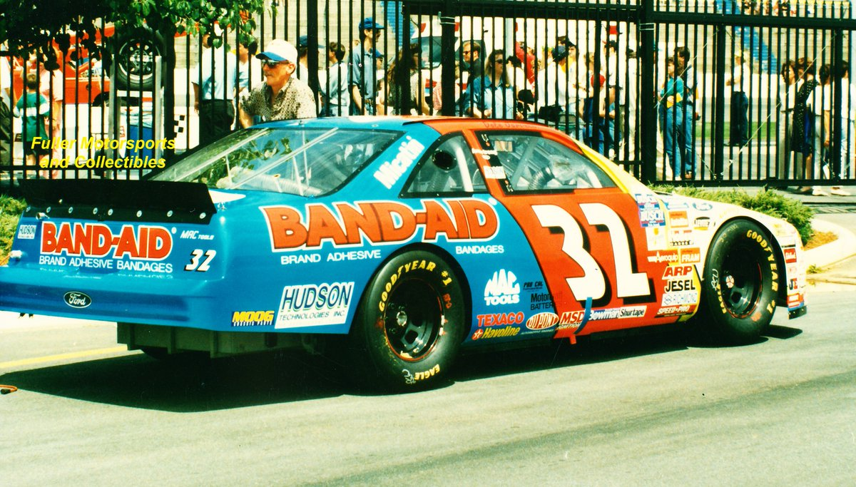 Only  days until the Daytona 500!!   Dale Jarrett - 1996<br>http://pic.twitter.com/7U6NQUZ4e0