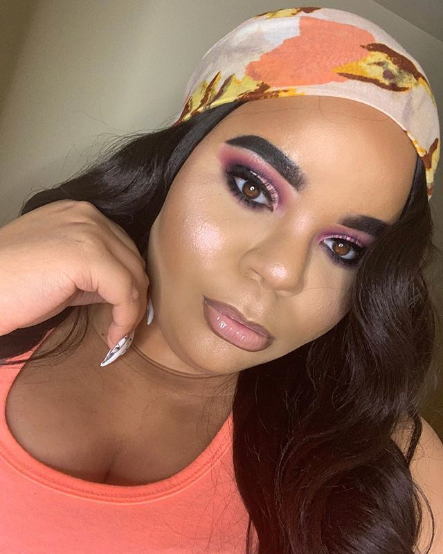 Being a brunette is so fun. Click the link in my bio to see my review on this hair ❤️❤️❤️ makeup details in previous post . . . . . #thecrayoncase #makeup #makeupartist #anastasiabeverlyhills #mua #blackgirlmagic #undiscovered_muas #nyxcosmetics #makeupf… http://bit.ly/2TU9Zal