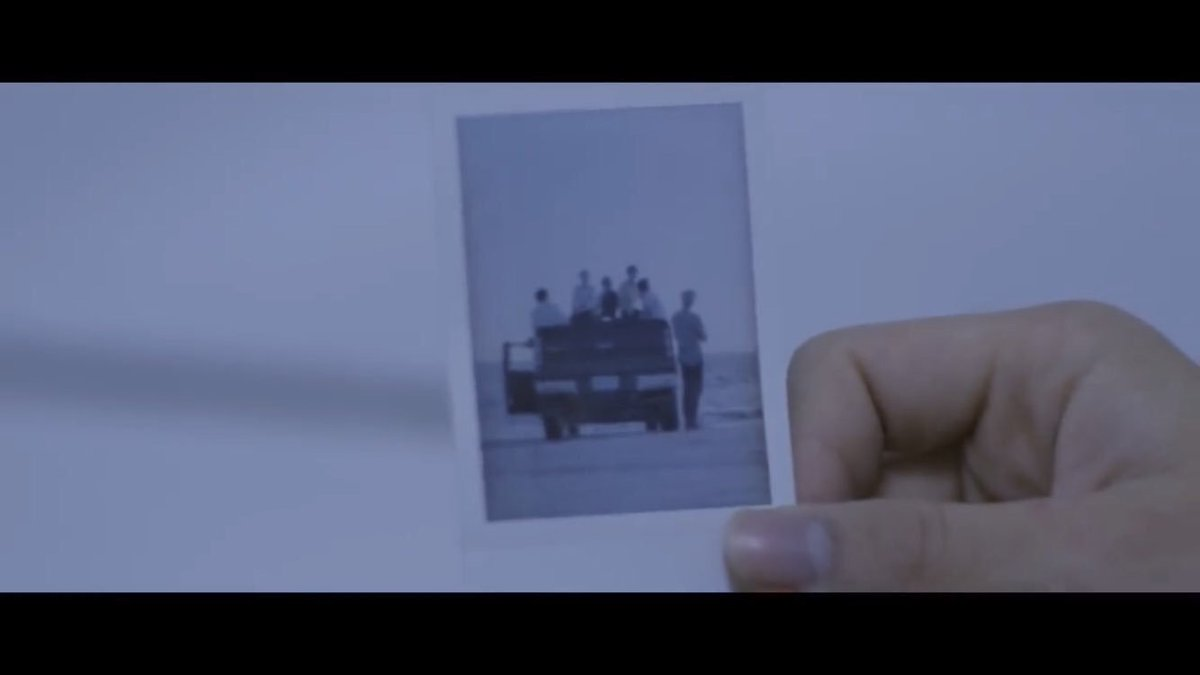 so is the reason seokjin isn't in the first polaroid jimin burned was because he left and and they all split and jimin was all alone and in epiphany he's back because seokjin goes back to fix it and leAVE THE WINDOW HE KEEPS TRAVELING THROUGH THATS WHATS IN THE WATER #SAVE_ME<br>http://pic.twitter.com/iKo8VO5zEN
