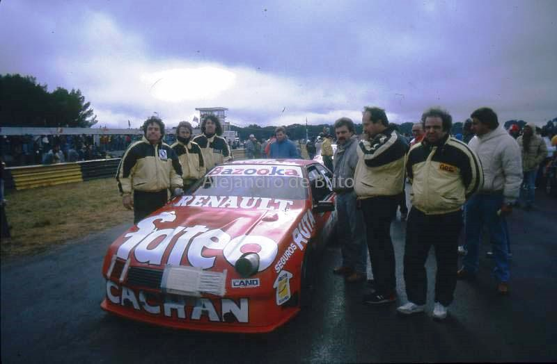 El 1ª campeon del TC-2000, Cocho Lopez en la cupe Fuego del Team Antelo @jjmonteagudo95 @LopezCocho @SuperTC2000