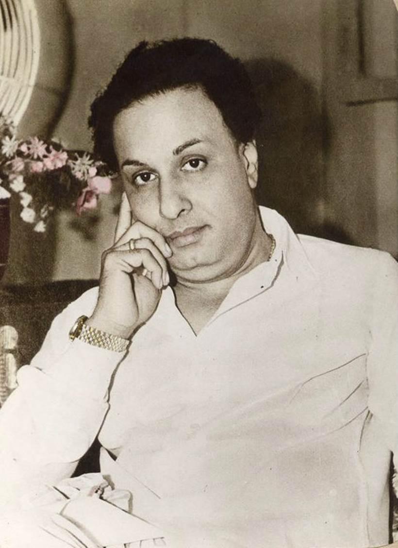 நான் ரசித்த ஒரு தலைவர்இன்னுமும் ரசித்துக்கொண்டிருக்கும் தலைவர். புரட்சித்தலைவர் #எம்ஜிஆர் அவர்கள்.  Today is #PurathiThalaivar #MakkalThilagam #LegendaryIcon #DrMGRamachandran #102ndBirthAnniversary