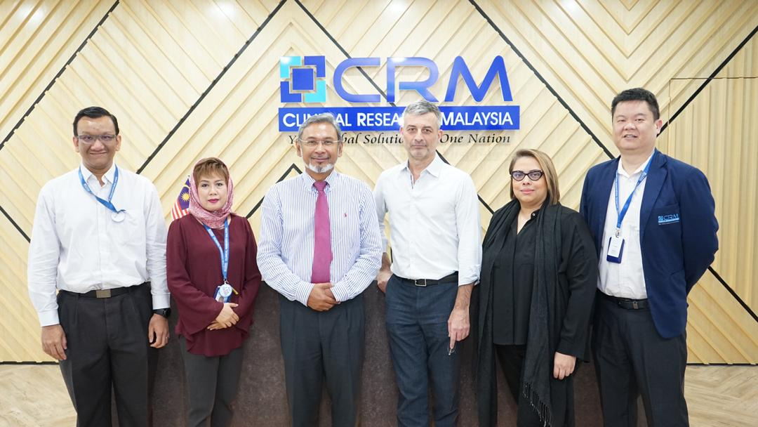 @JMP_DNDi (Regional Director)  and @MollyJagpal (Senior Consultant - Communications & Advocacy) from @DNDi South-East Asia visited our new office earlier this morning!   #advancingclinicalresearch #neglecteddiseases #MALAYSIA #askusaboutclinicaltrials #DNDi #hepatitis #research