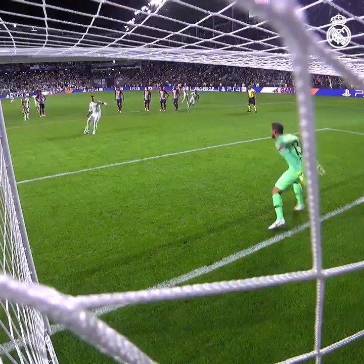4⃣🎯 ¡@SergioRamos ya ha marcado en cuatro competiciones esta temporada! 📺 http://bit.ly/SR4-goles1819 | #HalaMadrid