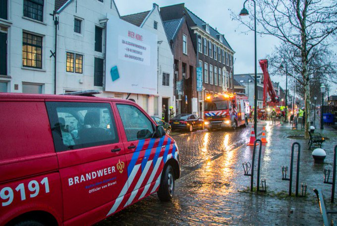 Brand in museum Vlaardingen https://t.co/DObPYbb2AT https://t.co/SrnhPSlqXY