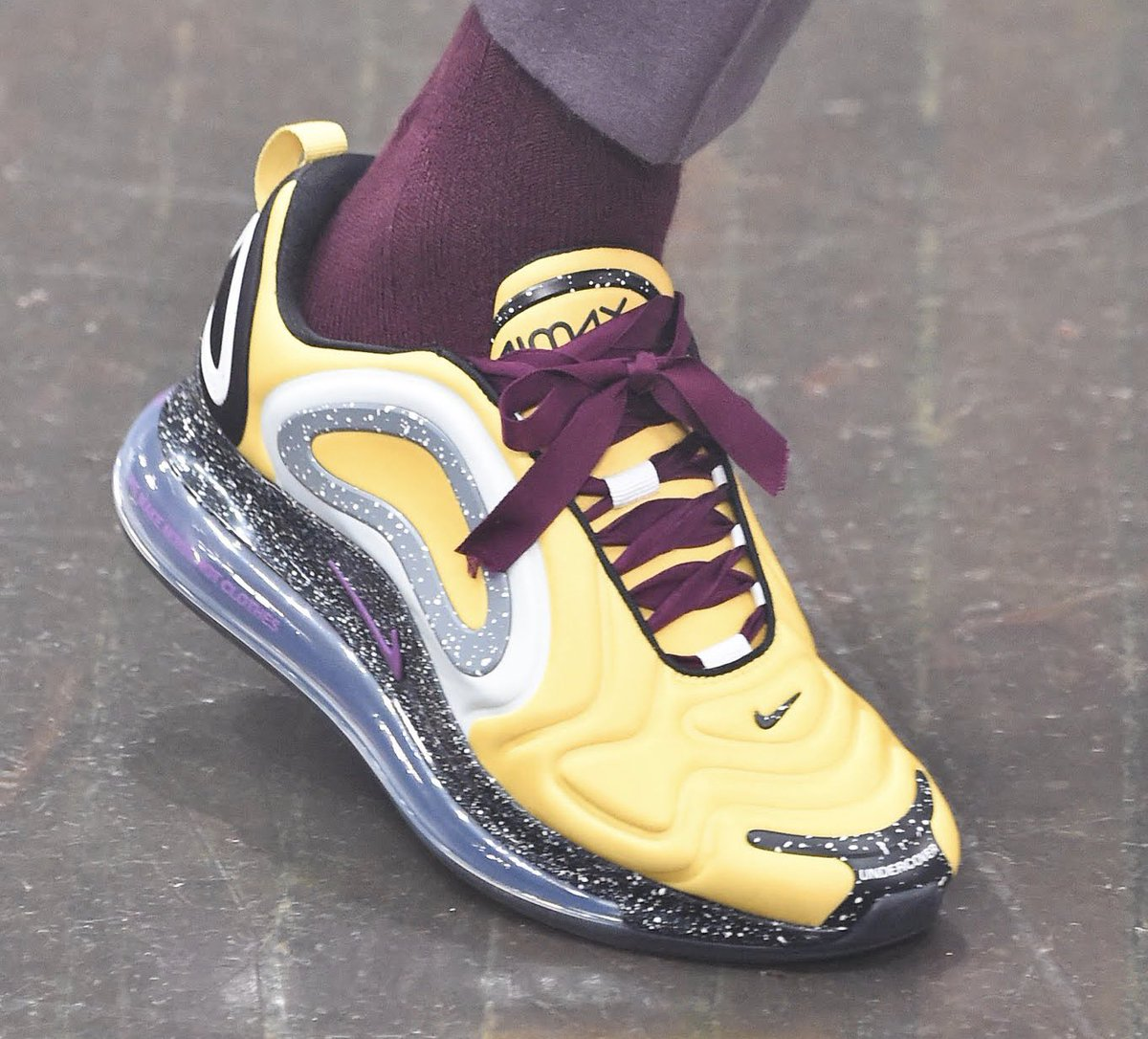 sports shoes ac790 3a86e Complex SneakersVerified account