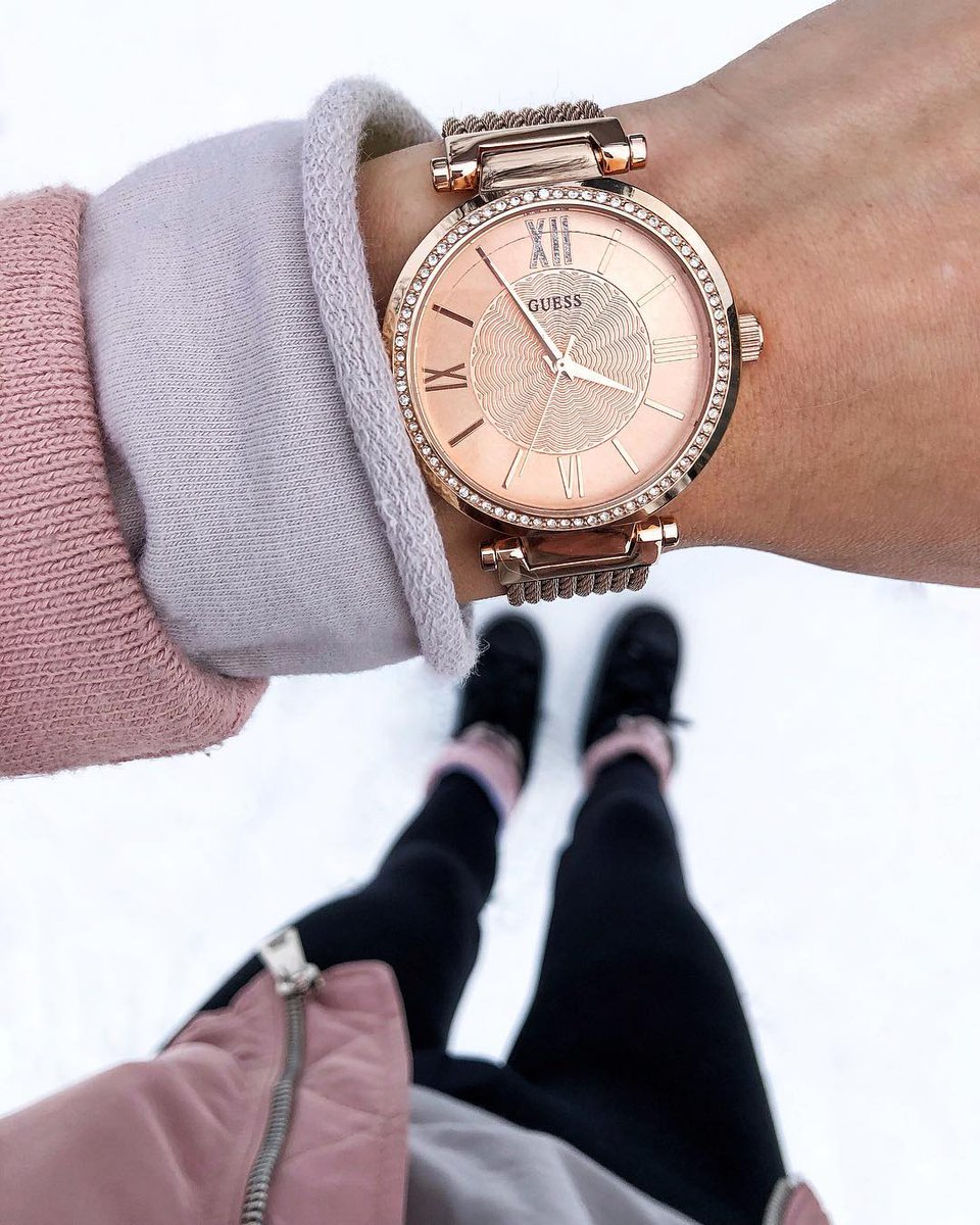 No time like the present ⌚️💕 #GUESSWatches https://t.co/ETtYV72psf