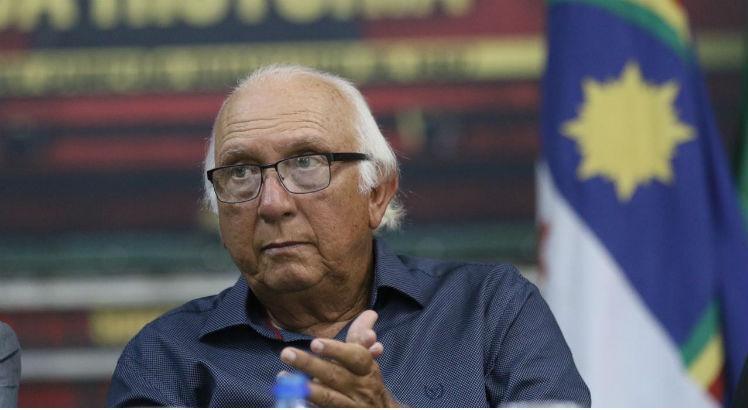 Sport: expectativa por fala do presidente Milton Bivar: