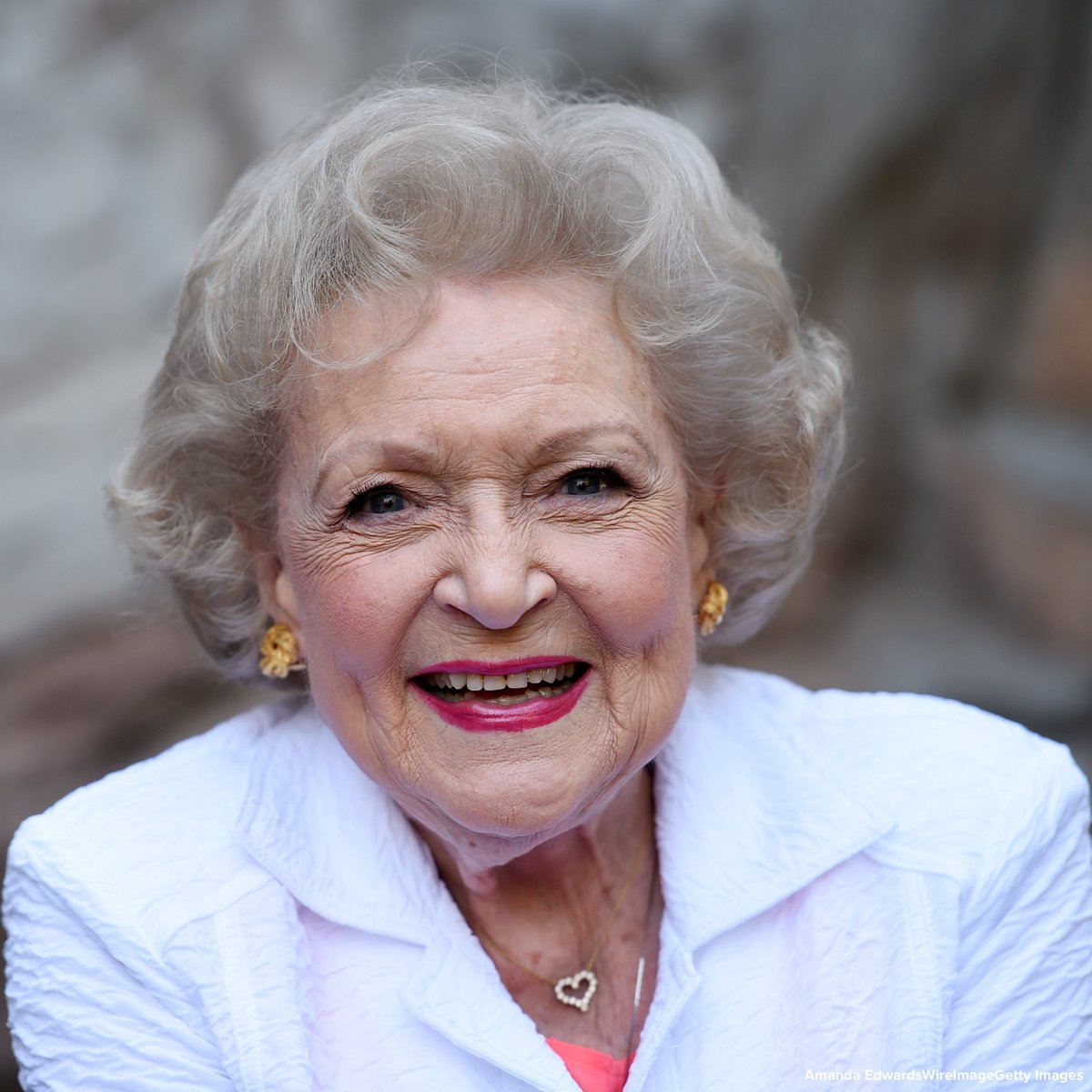HAPPY BIRTHDAY: Beloved comedic actress Betty White turns 97 today. https://abcn.ws/2DgkzmU