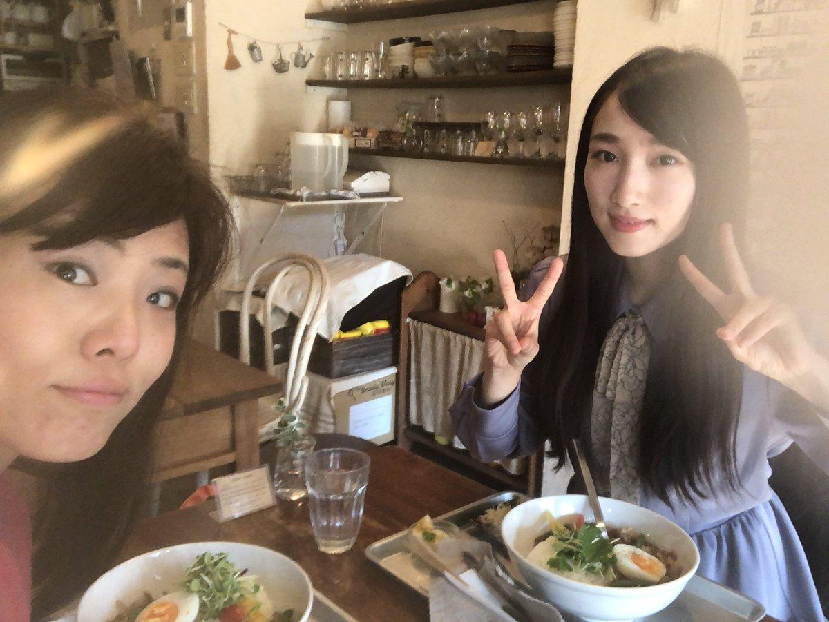 #神社エール で共演した #田中菜々 ちゃんと大好きな #BOWLScafe でランチしました(๑>◡<๑) ななちゃんの可愛さに癒されました💓 11月振りに会うから近況報告からお互いの次回公演の話まで話が尽きない♫ 菜々ちゃんの次の舞台は #ことのはBOX さん。私も頑張ろう‼️