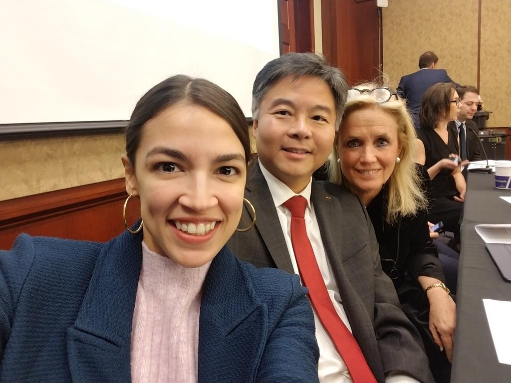 With @AOC, @RepDebDingell, @jahimes, @davidcicilline,  @RepCartwright & @Twitter representatives at training session on Twitter for Democratic Members of Congress.  The below pic is called a selfie.