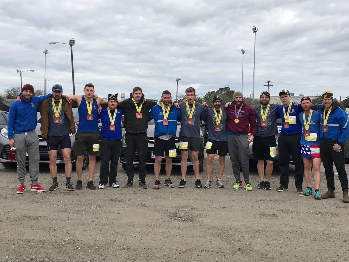 Members of the 3 RCR Iron Warrior team from 2 CMBG competed in the Charleston South Carolina Half Marathon.  Congrats to the 13 runners and their PSP support!  Les membres de l&#39;équipe du 3 RCR ont participé au semi-marathon de Charleston, en Caroline du Sud.  Félicitations! <br>http://pic.twitter.com/VdJVD5Ta7x