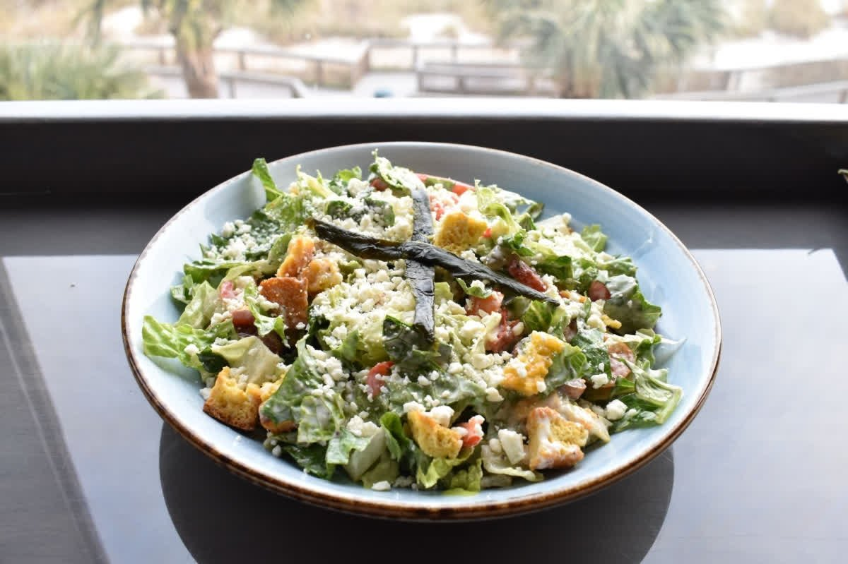 We all have that friend who orders a salad for lunch!  Tag them below!  #tagafriend #saladlover #saladfanatic #healthy<br>http://pic.twitter.com/e9RKJbk1XF