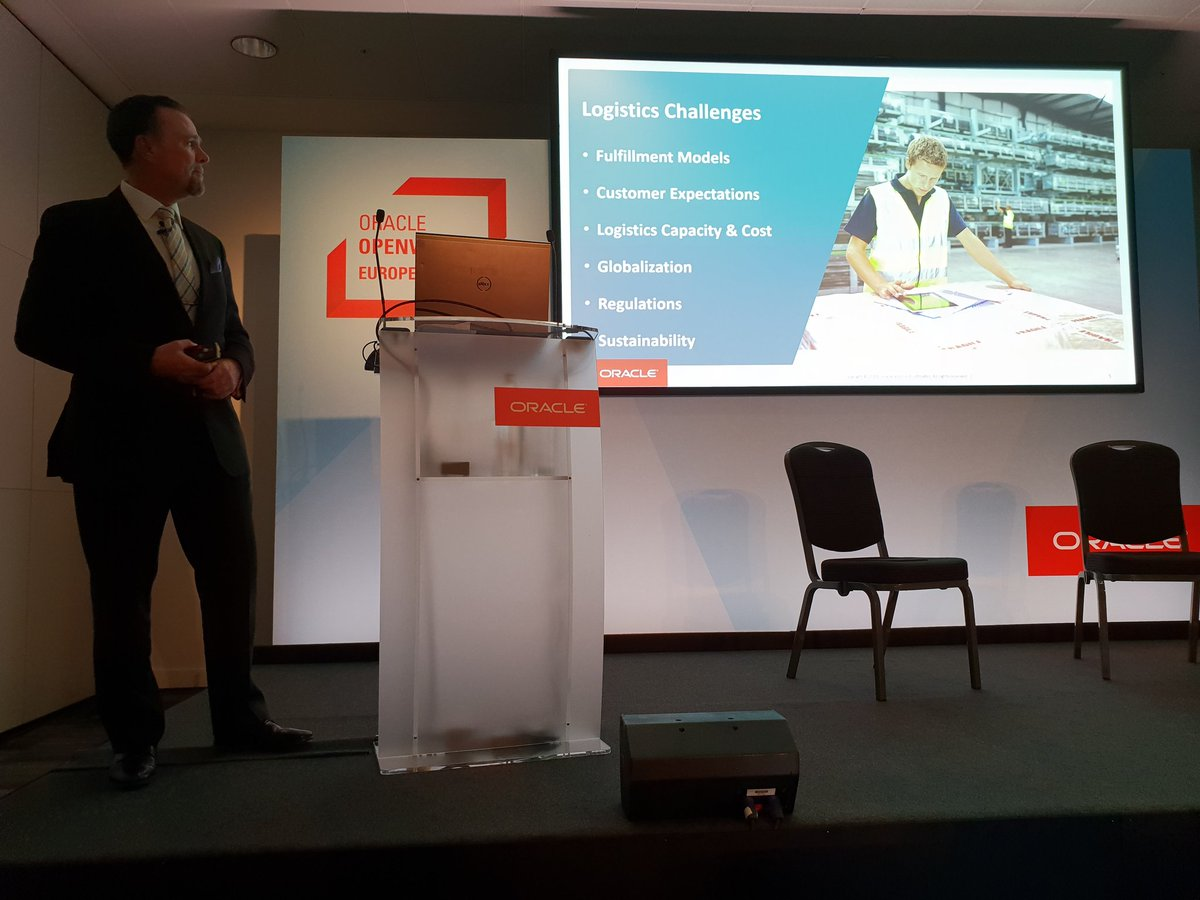 Derek Gittoes, Oracle VP of SCM Product Strategy at #OOWLON talking about the logistical challenges to supply chains and how to create a delivery process that deals with these disruptions using #OracleConsulting #SupplyChain #SCMCloud<br>http://pic.twitter.com/n35nvUDQq8