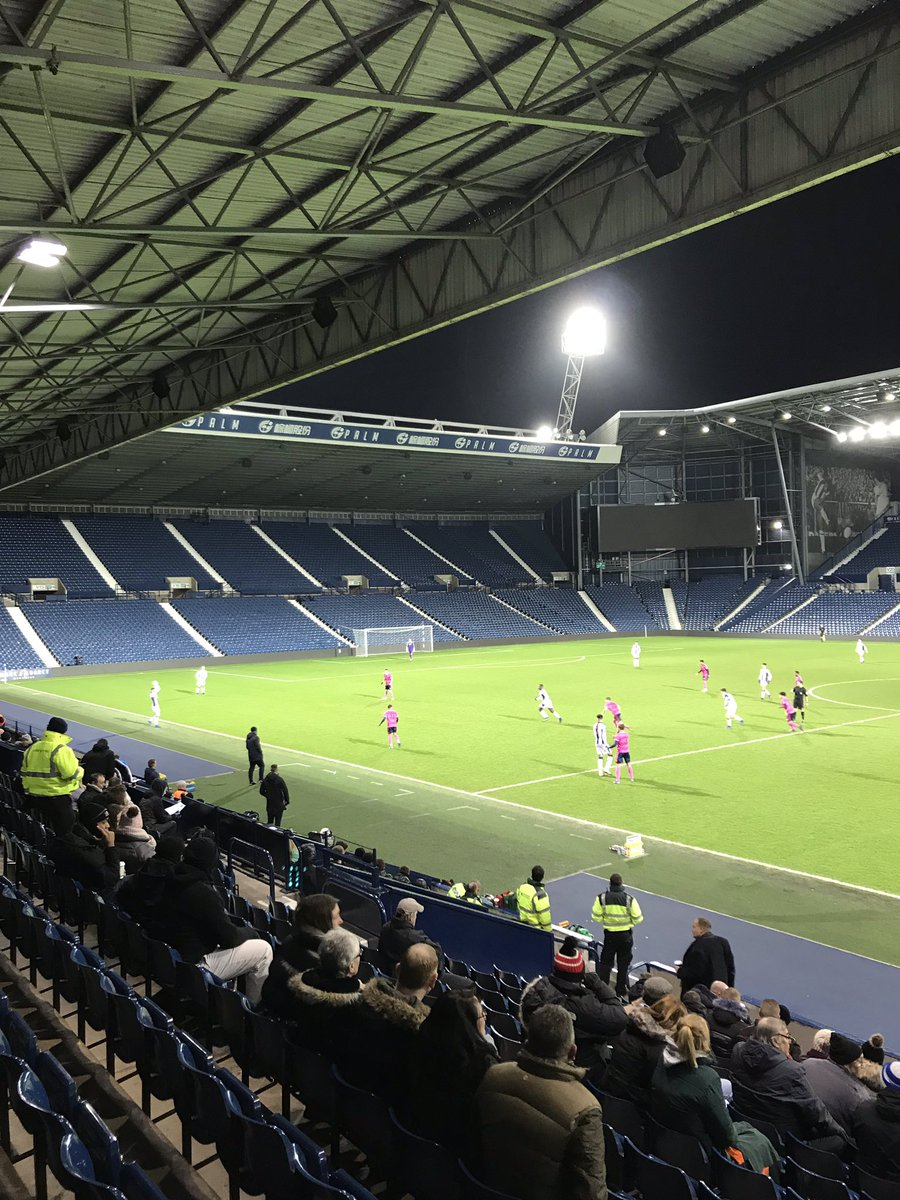 Thursday night football, Albion v QPR #fayouthcup #wba #thehawthorns #youthfootball #welivefootball <br>http://pic.twitter.com/0ufNFBGS2Y