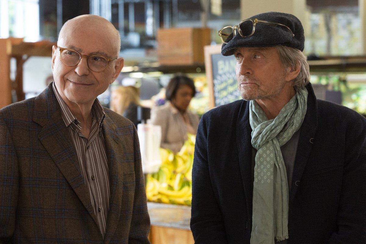 .@goldenglobes winning comedy #TheKominskyMethod has been renewed for Season 2!<br>http://pic.twitter.com/uOgpSlzn74