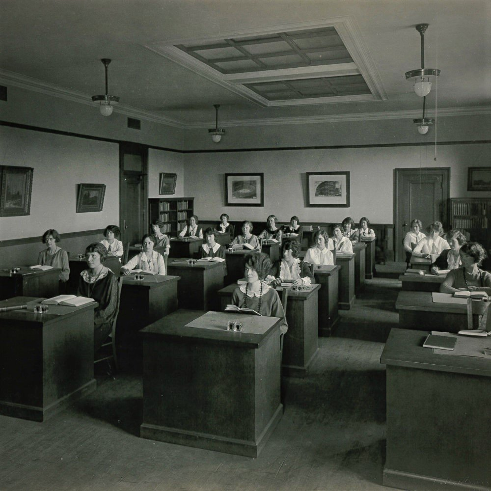 STLpubLibrary photo