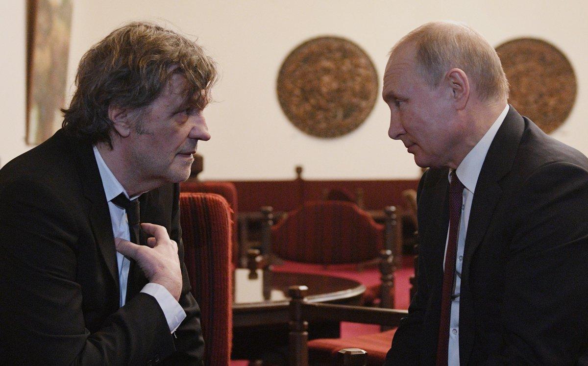 Владимир Путин встретился с сербским кинорежиссёром, актёром и музыкантом Эмиром Кустурицей https://t.co/2SxLoadpnx
