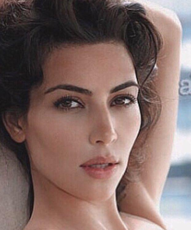 U look lik Kim Kardashian here😍😍