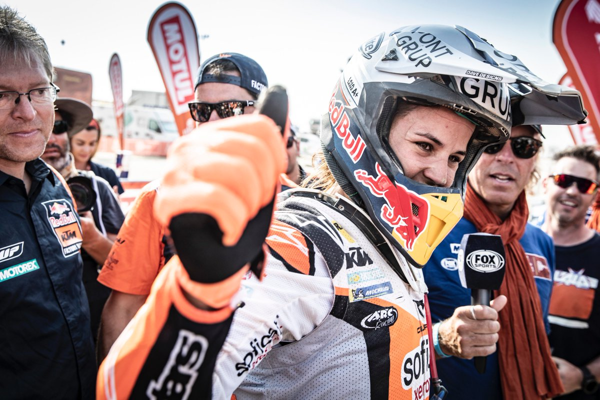 Laia Sanz's photo on #Dakar2019