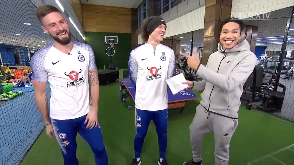 That @nglkante World Cup song! 🎶  Take it away, @_OlivierGiroud_! 😂  📲 More of this available LIVE on the app now!