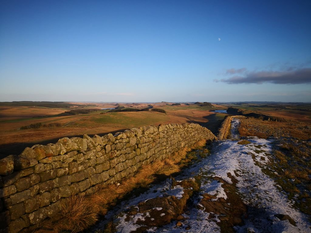 We were spoiled with the light on @HadriansWall this afternoon.<br>http://pic.twitter.com/DdO59OhW14