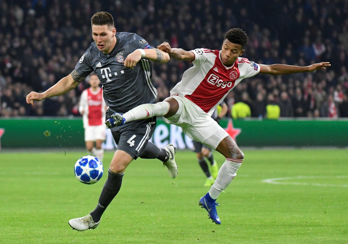 Ajax descarta saída de David Neres para o Guangzhou https://t.co/uepZxpQWMP https://t.co/1anVA5vj5n