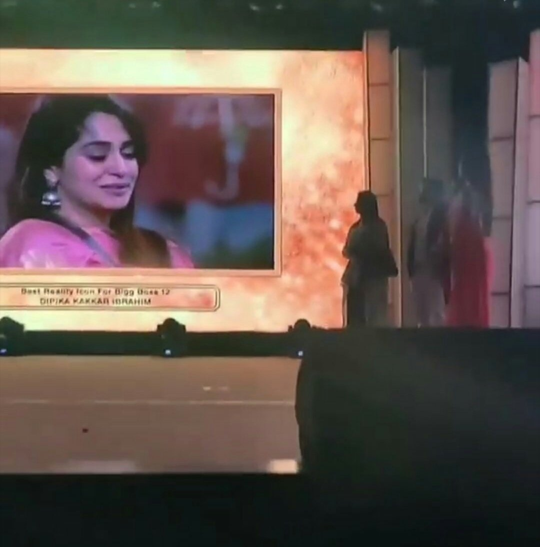 @ms_dipika won d award in which sree was also nominated Yet she won again  Again he lost This shows that she is d deserving winner and loved by all😍🔥💖💞💕
