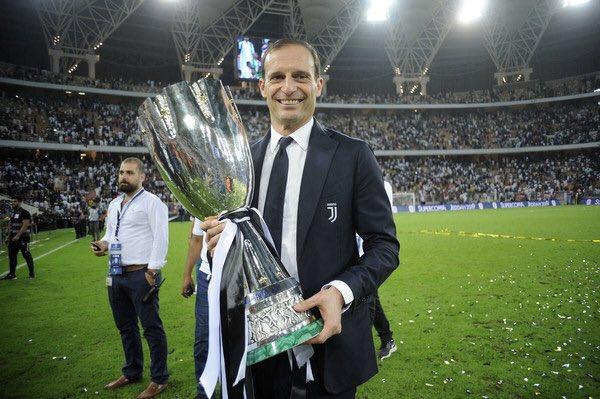 Décimo trofeo de @OfficialAllegri en 5 años con la #Juventus:  4️⃣ de 4️⃣ #SerieA 🏆🏆🏆🏆 4️⃣ de 4️⃣ #CoppaItalia 🏆🏆🏆🏆 2️⃣ de 5️⃣ #SuperCoppaItaliana 🏆🏆  ¡Nuestro Mister!  🙌🏳️🏴💪