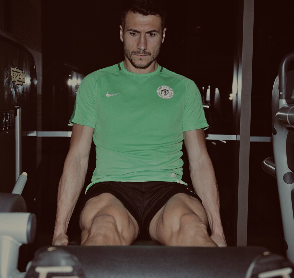 When Aykut come your body and legs its like machine #Boom #Boom #Dusmani #NoAdisNoParty<br>http://pic.twitter.com/DN4AdPmX0m