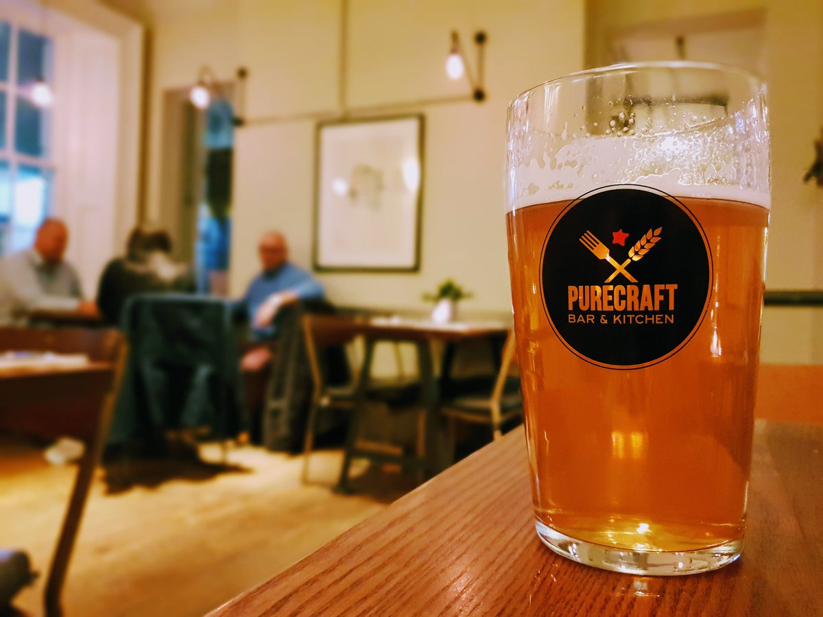 Long day today but it makes this pint of @FivePointsBrew Pale Ale all the better! Great atmosphere down at @PureCraftBars  #beeroclock #tryanuary <br>http://pic.twitter.com/I5X8jXtz8m