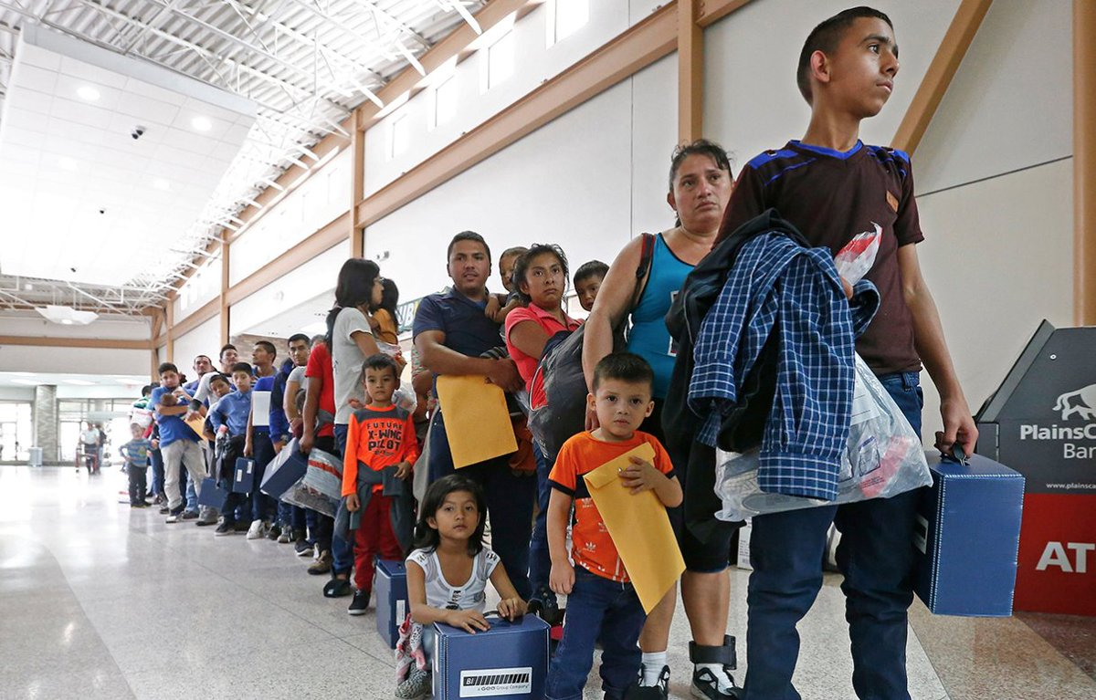 """A new Inspector General report states that """"thousands"""" more children were taken from their parents at the border than previously known https://rol.st/2FGr9o1"""