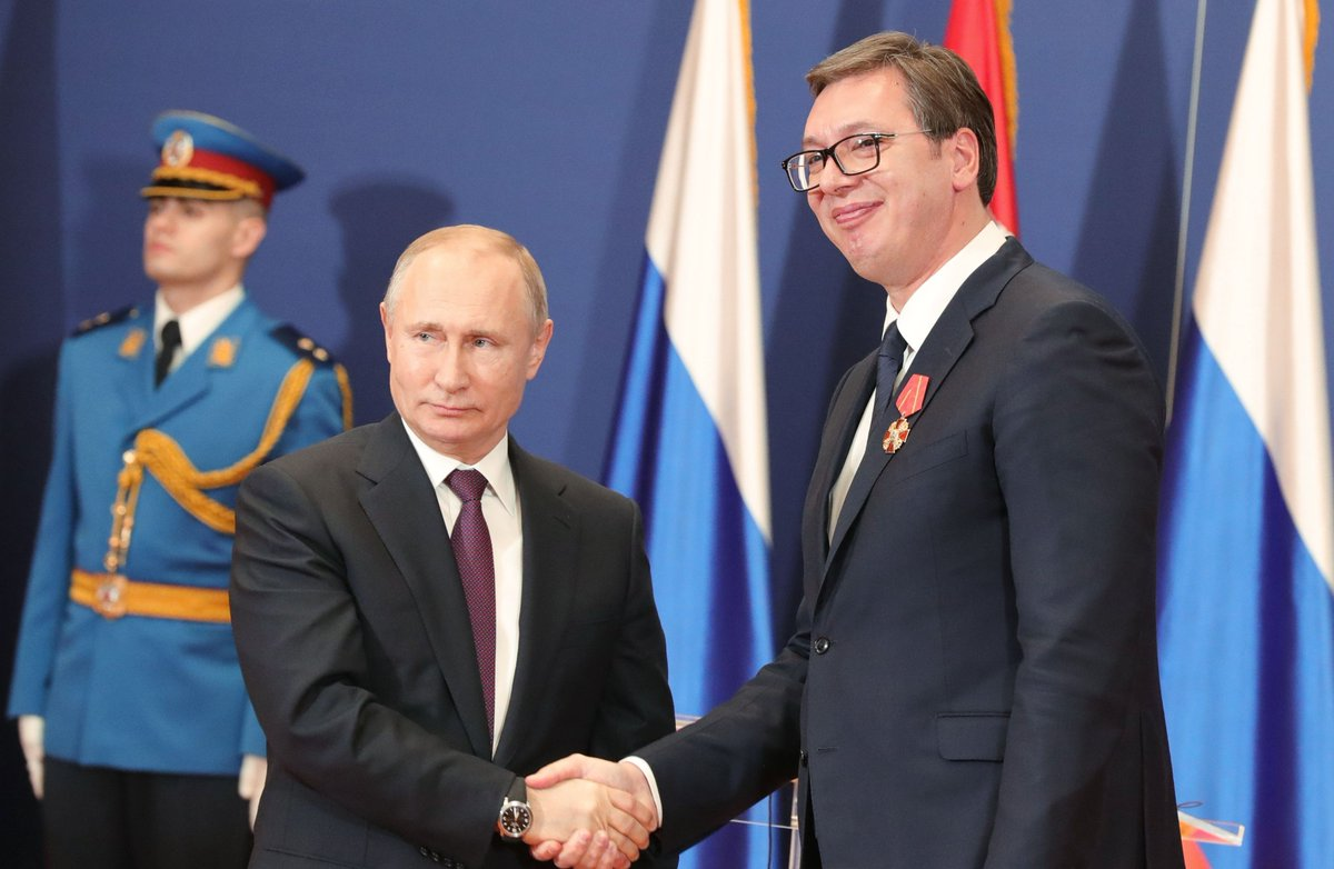 Following Russian-Serbian talks, Vladimir Putin awarded President of Serbia Aleksandar Vucic the Order of Alexander Nevsky  https://t.co/OXyHrP86zH