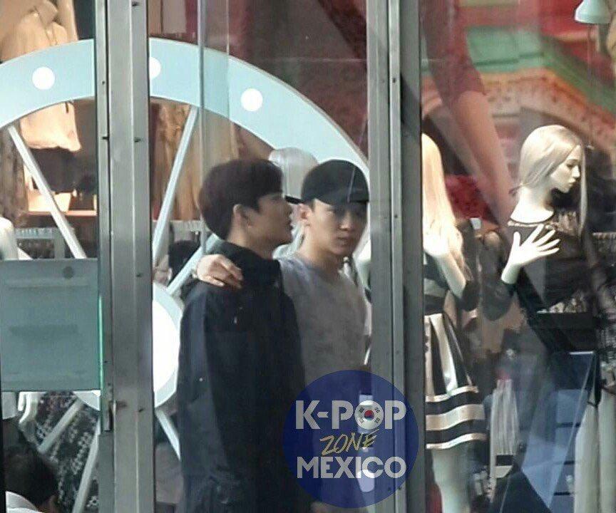 RT @kjddoingthings: Jongdae is traveling the world with Junmyeon   NY→Mexico→Dubai→Chile https://t.co/TQi987MIaX