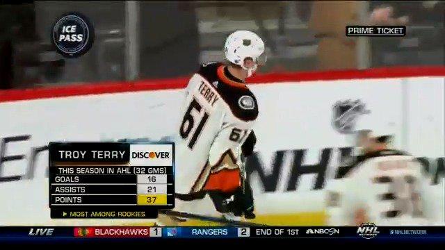 👀👀👀 @troyterry1997 #NHLTonight