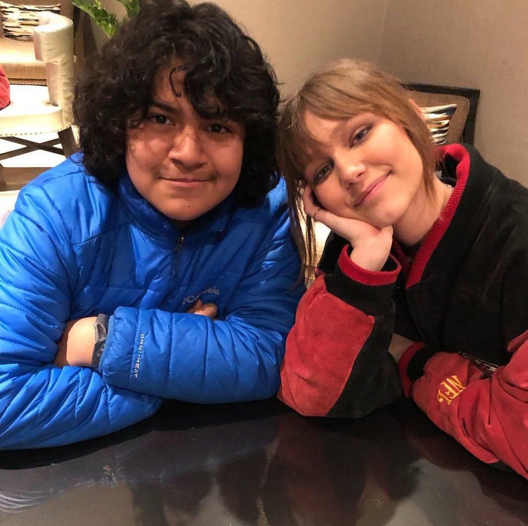 Aww! Some adorable photos of @jcjuliocesar10 hanging out with @GraceVanderWaal! ⭐🌵 #GraceVanderwaal #Stargirl #Friendship